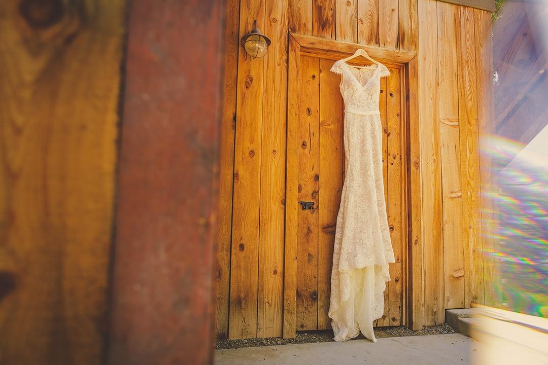 terra-mia-wedding-photography-wedding-dress