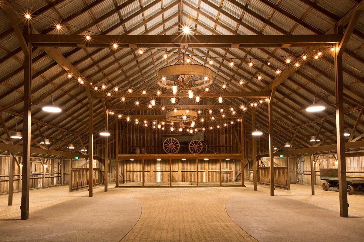 white-barn-photo5